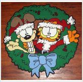 GARFIELD AND ODIE WREATH PLASTIC CANVAS PATTERN
