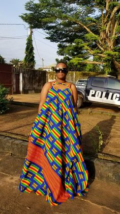 Kente maxi dress African Fashion Ankara, African Print Fashion, Africa Fashion, Short African Dresses, African Print Dresses, African Attire, African Wear, African Traditional Wear, Kitenge