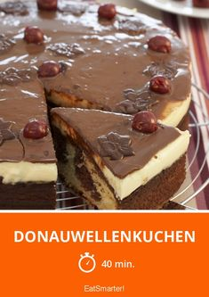 Donauwellenkuchen - List of the best food recipes Apple Desserts, Lemon Desserts, Mini Desserts, Delicious Desserts, Wave Cake, Biscuits Croustillants, Happy Kitchen, Cake & Co, Vegan Cake