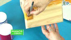 Mesita Mexicana   Mónica Godfroit en Manos a la Obra Videos, Youtube, Matte Painting, Mexican Style, Mesas, Paintings, Youtubers, Youtube Movies