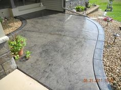 stamped concrete gray black | Pinned by Rebecca Pearce