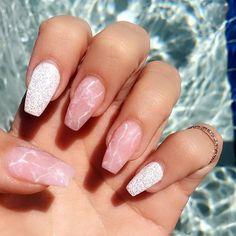 Creative mismatched glitter and marble nail art design ideas #nail #nailart #marblenails