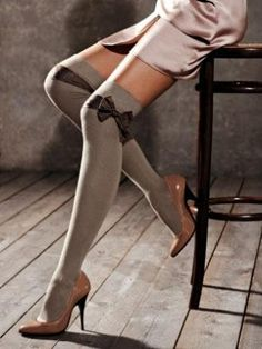 Knee high stocking socks with black bow. Calzedonia isn't available in the US. Sexy Socks, Cute Socks, Thigh High Socks, Thigh Highs, Knee Highs, Look Fashion, Fashion News, Womens Fashion, Looks Style