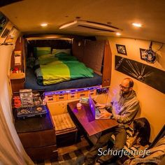Wow that's some impressive organization going on under the bed. Are those labeled pull out drawers.... . . Repost from @schaerfentiefe #VanCrush