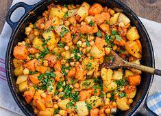 sweet potato, turnip and chickpea hash serve with fried egg Sweet Potato And Chickpea Recipe, Turnip Recipes, Sweet Potato Hash, Sweet Potato Recipes, Healthy Vegetable Recipes, Chickpea Recipes, Healthy Vegetables, Vegetarian Recipes, Recipes