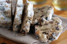 David Lebovitz Stollen- not sure about bread base Stollen Bread, Stollen Recipe, German Stollen, Dessert Thermomix, Robot Thermomix, Christmas Bread, Holiday Bread, German Christmas, Christmas Cakes