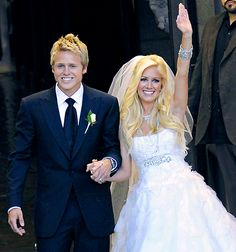 Spencer Pratt and Heidi Montag get married at Westminster Presbyterian Church on April 25, 2009 in Pasadena, California.