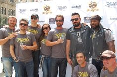 The LifeRiders arrive at the @Kiehls Michigan Ave. store. Come swing by and help us raise #AIDS awareness! pic.twitter.com/8I1iXlmTQX