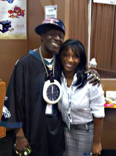 Random, yet interesting that the rapper #FlavorFlav stopped by the show floor at Expo to visit his daughter. #ppaiexpo12