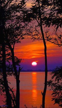 Sunset in Lignano, Italia • photo: Luca D'Ambros on 500px