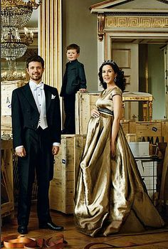 Crown Princess Mary, Donaldson's Style, Maternity Wear Chic From The New Mum Of Twins!