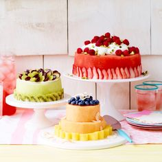 Great Picture of Fresh Fruit Birthday Cake . Fresh Fruit Birthday Cake Make A Fresh Fruit Cake With Watermelon Honeydew Or Cantaloupe Cakes To Make, How To Make Cake, Food Cakes, Cupcake Cakes, Fruit Cakes, Fruit Dessert, Fruit Recipes, Cake Recipes, Dessert Recipes