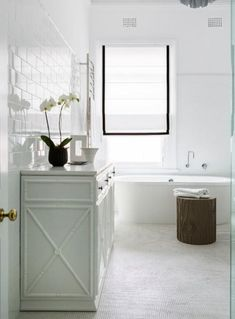 Bathroom Inspiration: Ground a predominantly white bathroom interior with the underpinning of textural furnishings in woody tones. House Bathroom, Bathroom Styling, Bathroom Interior, The Hamptons, Bamboo Bathroom, Bathroom Decor, Bathroom Design, Hamptons Style, Hampton Style Bathrooms