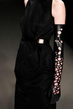 Delicate Leather Gloves at Dawid Tomaszewski AW 2013 #MBFWB
