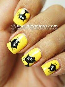 Funny cats nail design from rina-alcantara.com