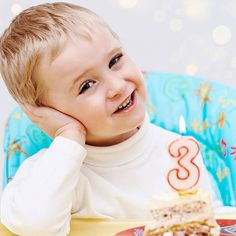 Your child's turning 3! Discover the best types of birthday presents to buy your 3-year-old.