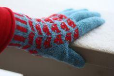 Prissy's Gloves/Mittens by Olga Buraya-Kefelian