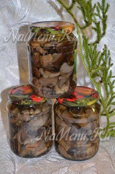 Рецепт приготовления вкуснейших маринованных грибов на зиму. Заготовьте парочку-другую баночек пикантного и ароматного грибного лакомства.