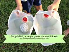 RecycleBall: A simple game made from trash Gross Motor Activities, Summer Activities, Primary Activities, Scout Activities, Children Activities, Fun Games, Games For Kids, Orchard Toys, Fun Christmas Games