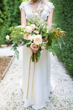 Some floral beauty by Rosie's Wild Flower co.  www.rosemcmahon.com