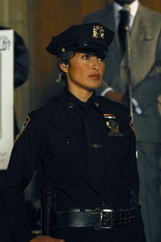 Olivia Benson (Mariska Hargitay) on SVU Hells Kitchen, Detective, Diane Neal, Go Busters, Elite Squad, Olivia Benson, Mariska Hargitay, Law And Order, Victoria