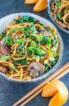 Take-out inspired Spinach Mushroom Leek Noodle Bowls tossed in the most amazing homemade sesame sauce. Pair with your favorite protein, or enjoy all on it's own as a tasty vegan/vegetarian main or side!