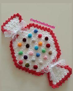 Ornament Wreath, Ornaments, Crochet Earrings, Elsa, Wreaths, Jewelry, Decor, Amigurumi, Needlepoint