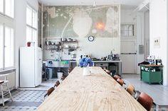 wooden crate/box. caja madera. kitchen. cocina. decoration. decoración. storage. almacenaje. vintage