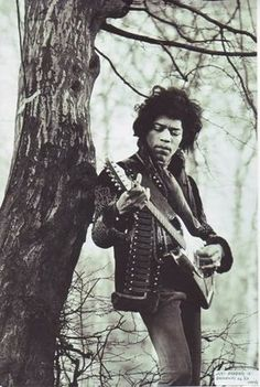 Jimi Hendrix (1942 - 1970): he didn't want to be know, he only want people to know his music.
