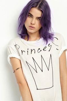 princess shirt, and purple hair! Diy Fashion, Ideias Fashion, Fashion Design, Love T Shirt, Shirt Style, Princess Photo Shoots, Punk Princess, Princess Font, T Shorts