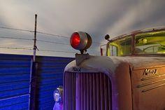 Macks Pulsing Red Nose  :::::  1940s Mack Fire Truck