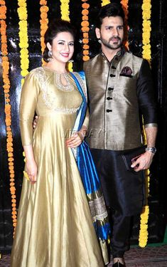 Divyanka Tripathi with husband Vivek Dahiya : Photos: Ekta Kapoor's grand, star-studded Diwali bash