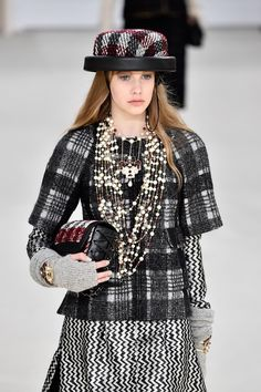 The Chanel Fall 2016 collection debuted at Paris's much-anticipated Fashion Week, and the runway show can easily be labeled as one of the most unforgettable shows we've seen over the course of Fashion Month. Karl Lagerfeld, the creative mind behind Chanel's fashion shows, has previously wowed us with a number [...]
