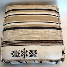 Moroccan Hand Woven Kilim Wool Square Ottoman Pouf Chair in Tribal Design