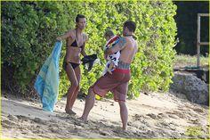 alex oloughlin shirtless beach bonding with maia jones 20