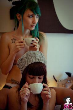 Morning tea with Discordia and Aeterna http://suicidegirls.com