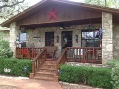 LBJ Tx Star-$100 discount for 11/1-3,15-17,22-24,12/6-8,13-15Vacation Rental in Kingsland from @HomeAway! #vacation #rental #travel #homeaway