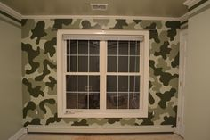A nice camouflage accent wall for young boy's room . A nice camouflage accent wall for young boy's room … Army Bedroom, Kids Bedroom, Bedroom Ideas, Nursery Ideas, Camouflage Room, Camo Rooms, Boy Rooms, Boy Room Paint, Man Room