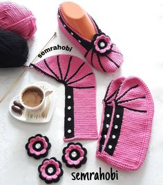 Diy Crafts - contain,model-Image could contain: Shoes - Model Image contain could model Sc . Image could contain: Shoes - Model Image contai Primitive Doll Patterns, Craft Images, Embroidery Sampler, Crochet Blocks, Knitted Slippers, Doll Clothes Patterns, Baby Knitting Patterns, Models, Crochet Hats