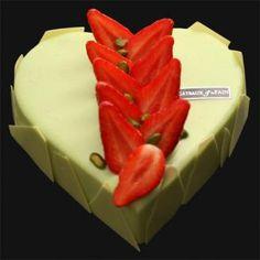 pistache fraise par Des Gateaux et du Pain.