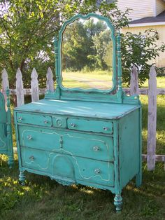 i love turquoise shabby chicness !