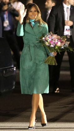 Melania Trump 's First Lady style is on point. She showcased a few high-fashion looks as she accompanied President Donald Trump . Donald And Melania Trump, First Lady Melania Trump, Donald Trump, Melanie Trump, Milania Trump Style, Melania Knauss Trump, American First Ladies, High Fashion Looks, Royal Fashion