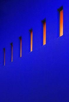 Le Grand Bleu, Minimalist Photography, Love Blue, Klein Blue, Colour Board, Blue Aesthetic, Electric Blue, Color Azul, Color Pop