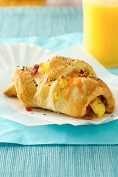 Breakfast ready in 30 minutes! Enjoy these delicious crescent shape sandwiches filled with bacon, egg and cheese made using Pillsbury® dinner rolls. Bake, cool completely , wrap in plastic wrap or sandwich bag and store in gallon fezzes bags. Egg And Cheese Sandwich, Bacon Egg And Cheese, Savory Breakfast, Breakfast Items, Camping Breakfast, Morning Breakfast, Breakfast Dishes, Croissants, Brunch Recipes
