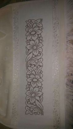 This Pin was discovered by zel Cross Stitch Borders, Cross Stitching, Cross Stitch Embroidery, Cross Stitch Patterns, Hobbies And Crafts, Diy And Crafts, Palestinian Embroidery, Crochet Lace Edging, Crochet Curtains