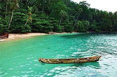 Okay, I'm swimming underwater with my man towards the island~~~
