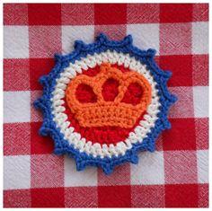 🌟Tante S!fr@ loves this📌🌟't haakdraadje Crochet Cozy, Diy Crochet, Knitting Yarn, Knitting Patterns, Yarn Flowers, Embroidery Needles, Creative Decor, Handmade Crafts, Crochet Earrings