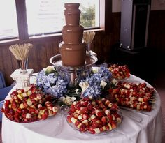super Ideas for chocolate fountain bar sweet 16 candy buffet Chocolate Fountain Wedding, Chocolate Fountain Recipes, Chocolate Fountains, Fruits For Kids, Fruit Skewers, Birthday Candy, 16th Birthday, Fruit Party, Candy Buffet