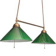 Skomakarlampa green glass: http://www.byggfabriken.com/sortiment/belysning/skomakarlampor/info/produkter/740-272-groen-dubbel-skomakarlampa/