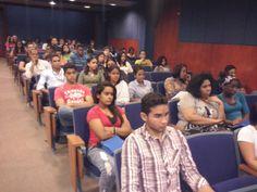 Estudiantes de nuevo ingreso de UNAPEC.